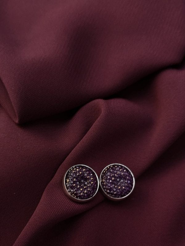 Pin hijab color morado brillos